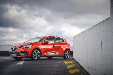 Renault Clio Hatchback Special Editions 1.6 E-TECH Hybrid 140 Launch Edition 5dr Auto