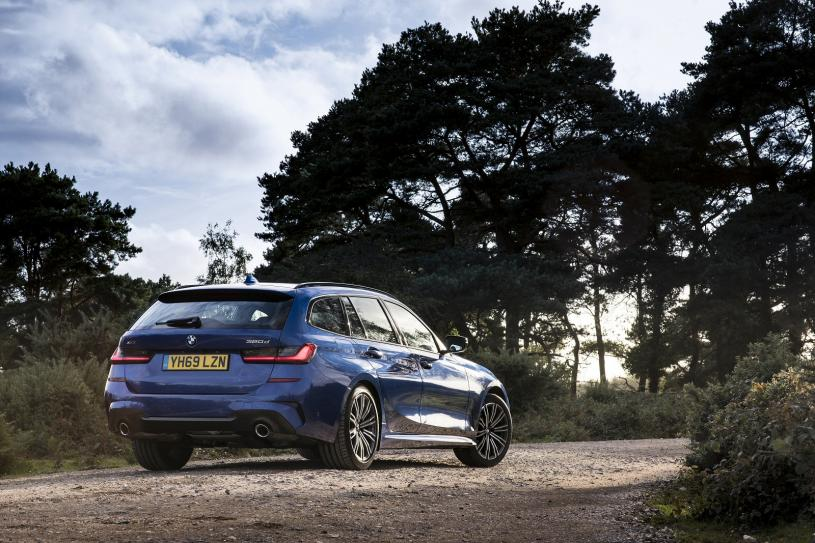 BMW 3 Series Touring Special Editions 330d xDrive MHT M Sport Pro Ed 5dr Step Auto[Tech]