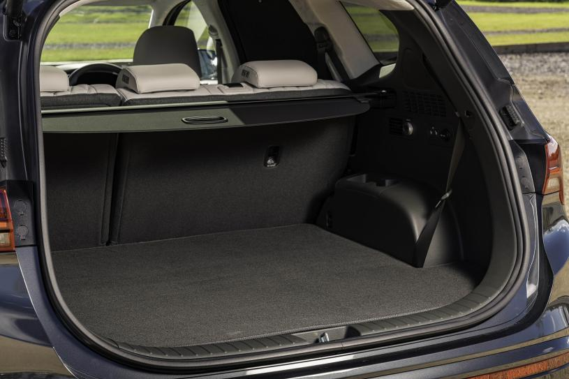Hyundai Santa Fe Estate 1.6 TGDi Plug-in Hybrid Premium 5dr 4WD Auto
