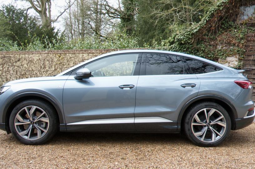 Audi Q4 E-tron Sportback 220kW 50 Quattro 82.77kWh Sport 5dr Auto [Tech Pk]