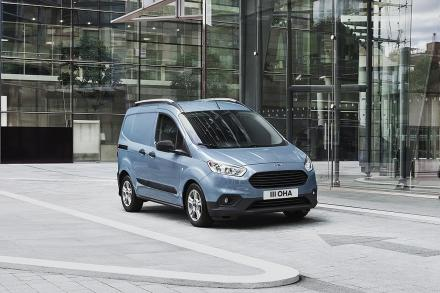 Ford Transit Courier Diesel 1.5 TDCi 100ps Limited Van [6 Speed]
