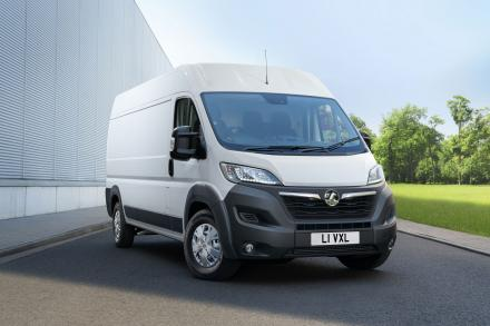 Vauxhall Movano 3500 Drw L4 Diesel Rwd 2.3 Turbo D 130ps H1 Chassis Cab