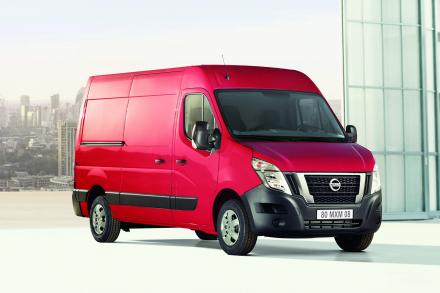 Nissan Nv400 F35 L3 Diesel 2.3 dci 135ps H1 Acenta Double Cab Chassis